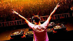 Image for Report: Activision looking at talent for DJ Hero 2
