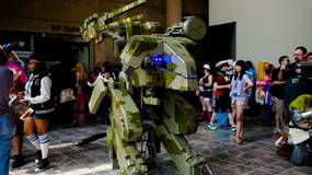 Image for You have to see this mind-blowing Metal Gear REX cosplay