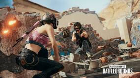 Image for You can now toss loot to teammates in PUBG, and throw melee weapons at enemies